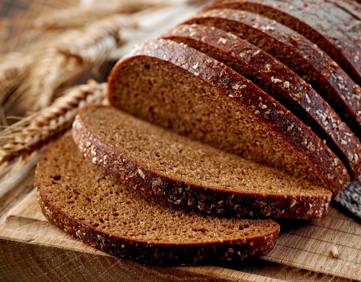 Pão de espelta com alfarroba