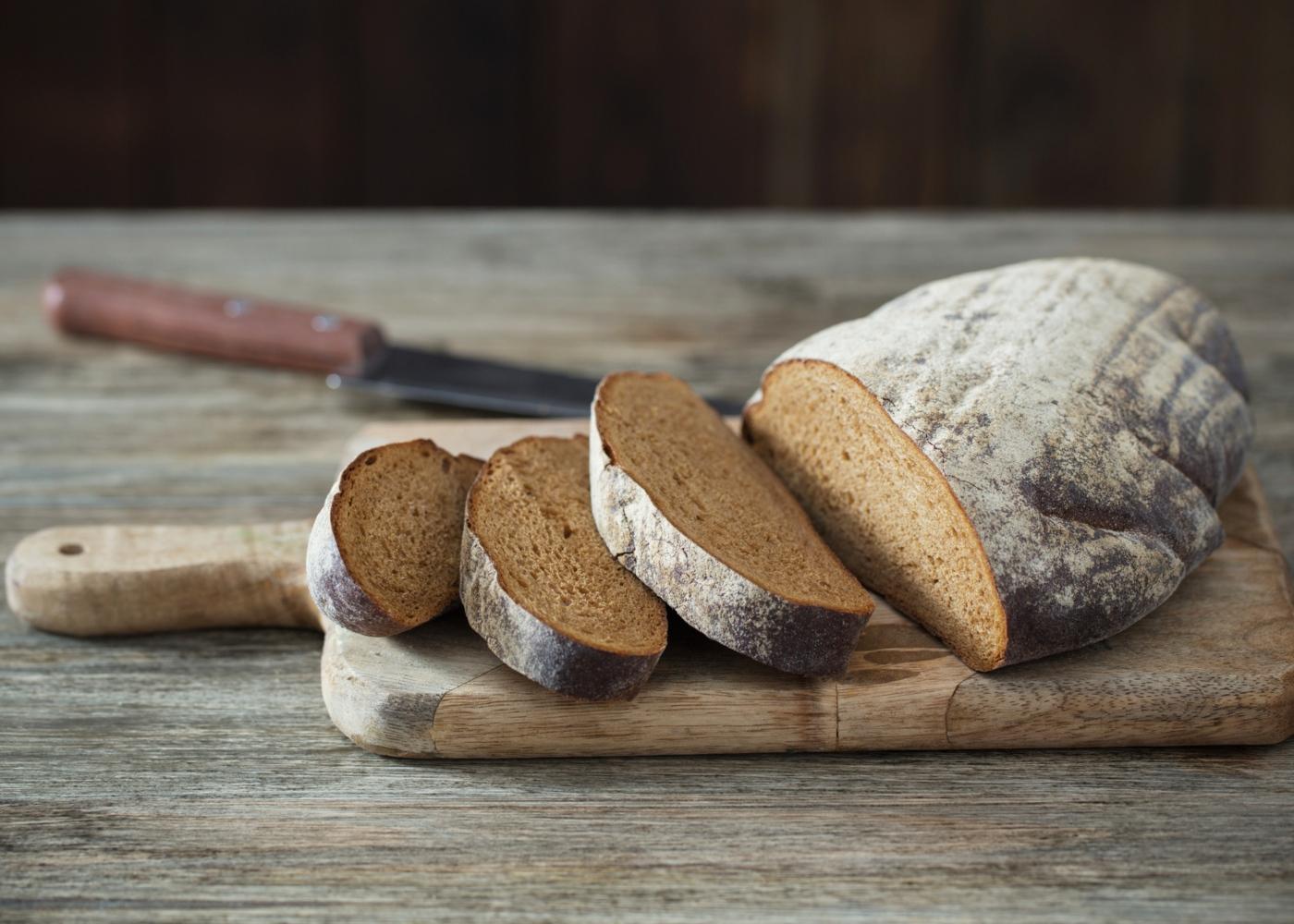 Pão de espelta com aveia e linhaça