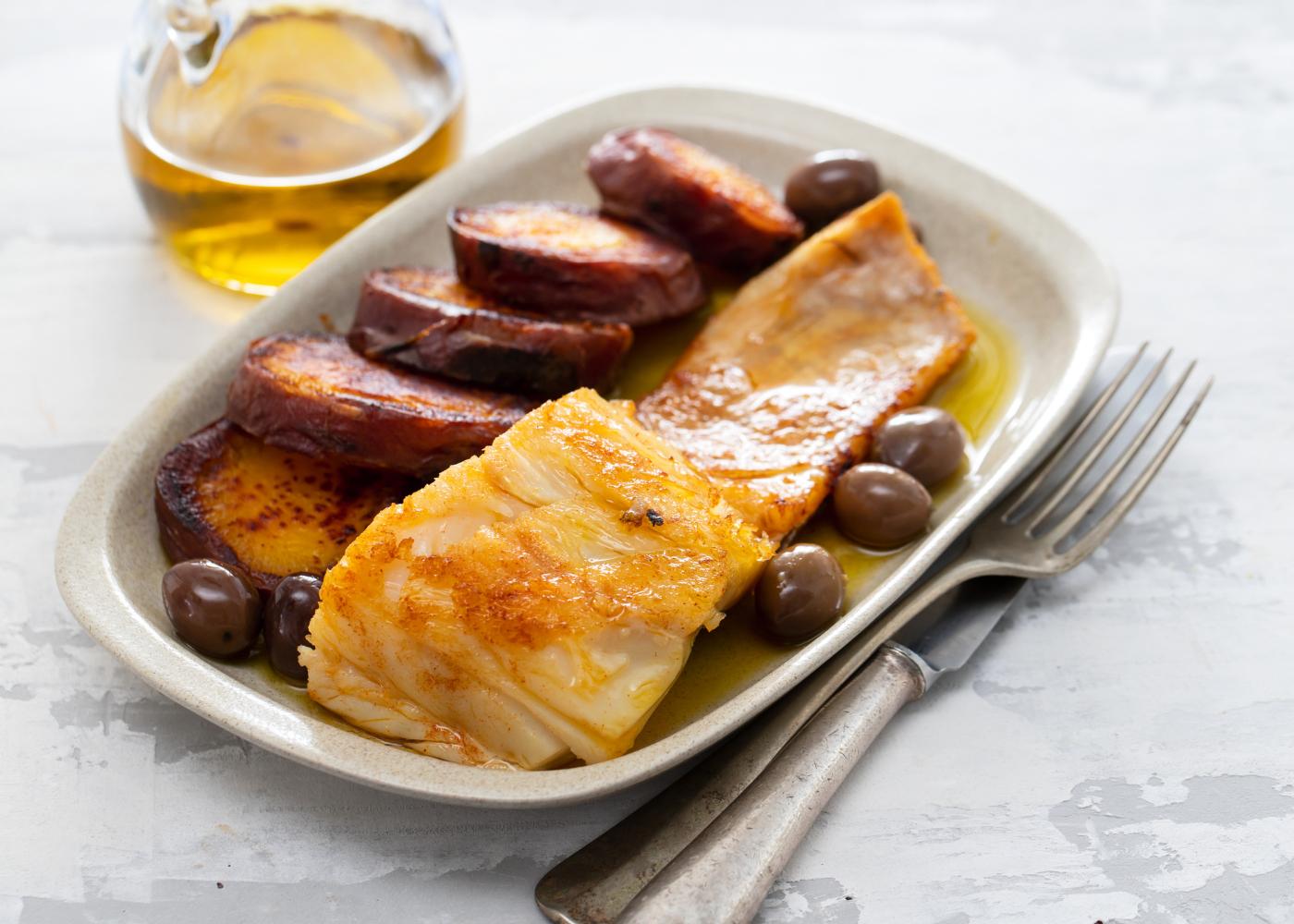 bacalhau assado com batata-doce