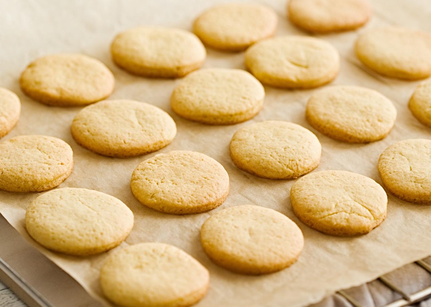 Biscoitos de manteiga com leite consensado