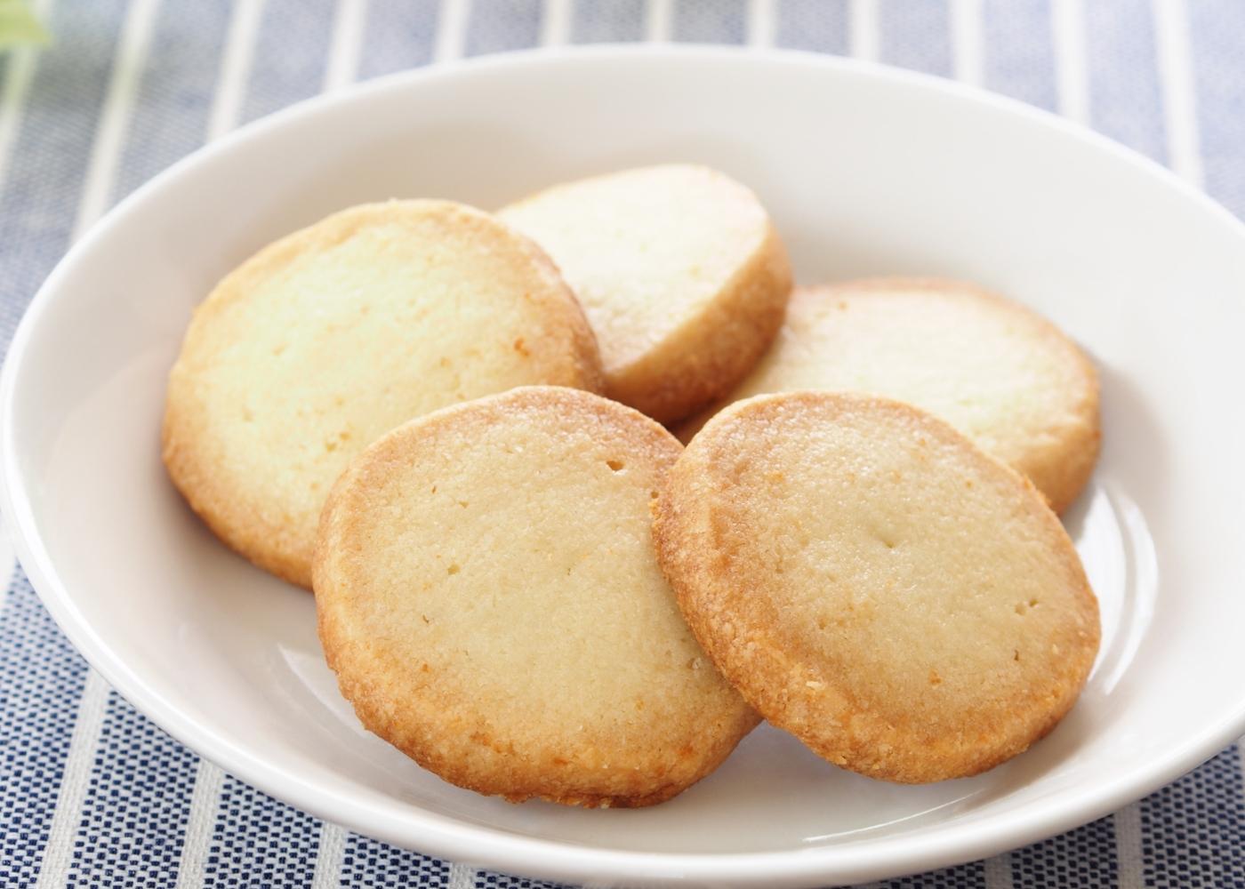 Biscoitos de manteiga e leite