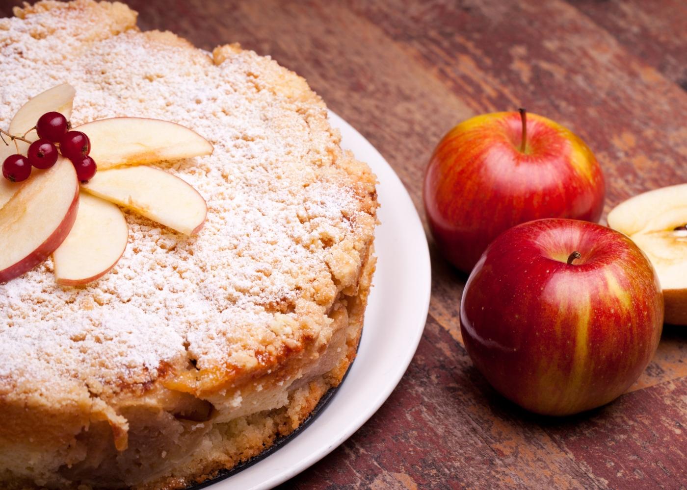 Receitas saudáveis com fruta: bolo de maçã paleo