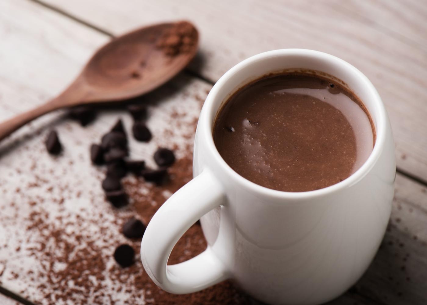 Receitas reconfortantes e saudáveis: chocolate quente