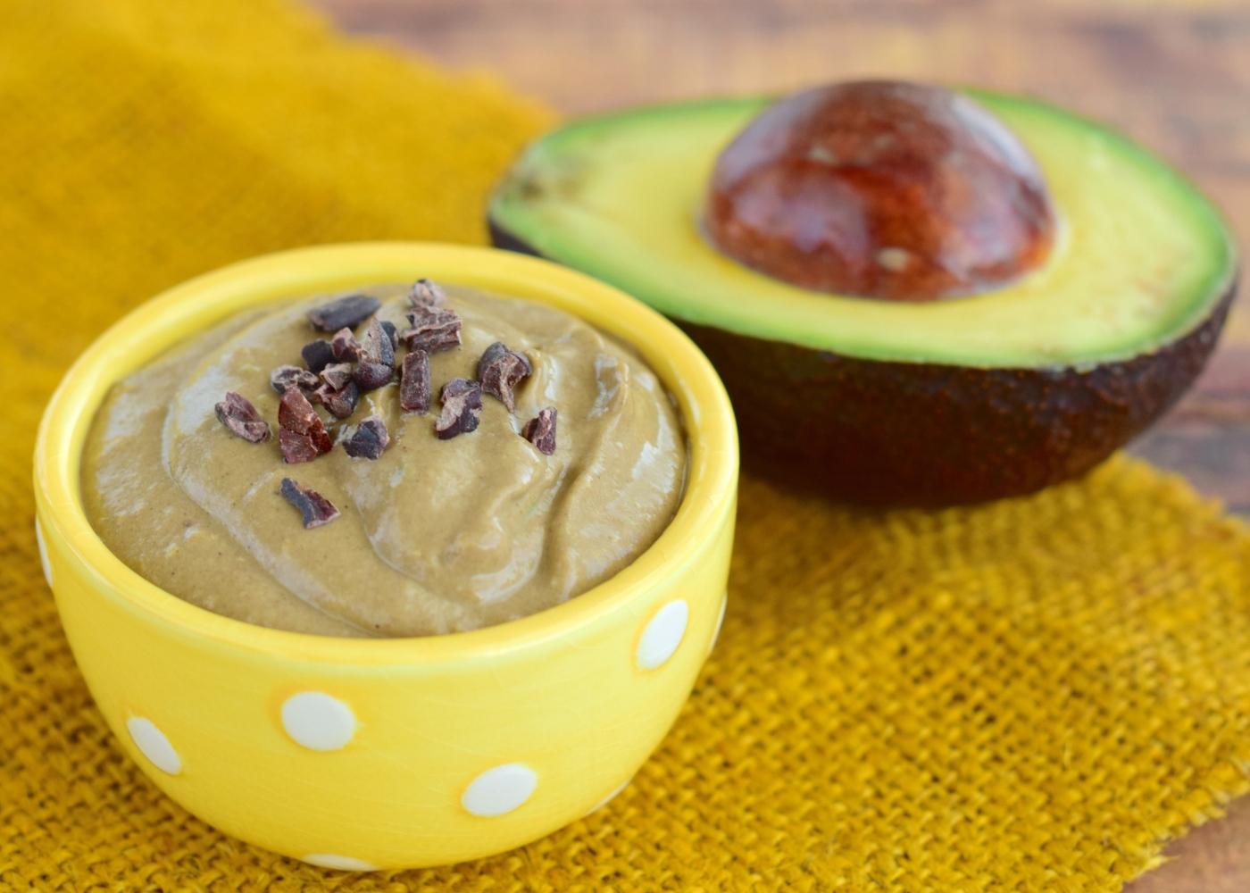 Receitas saudáveis com fruta: mousse de abacate e manga