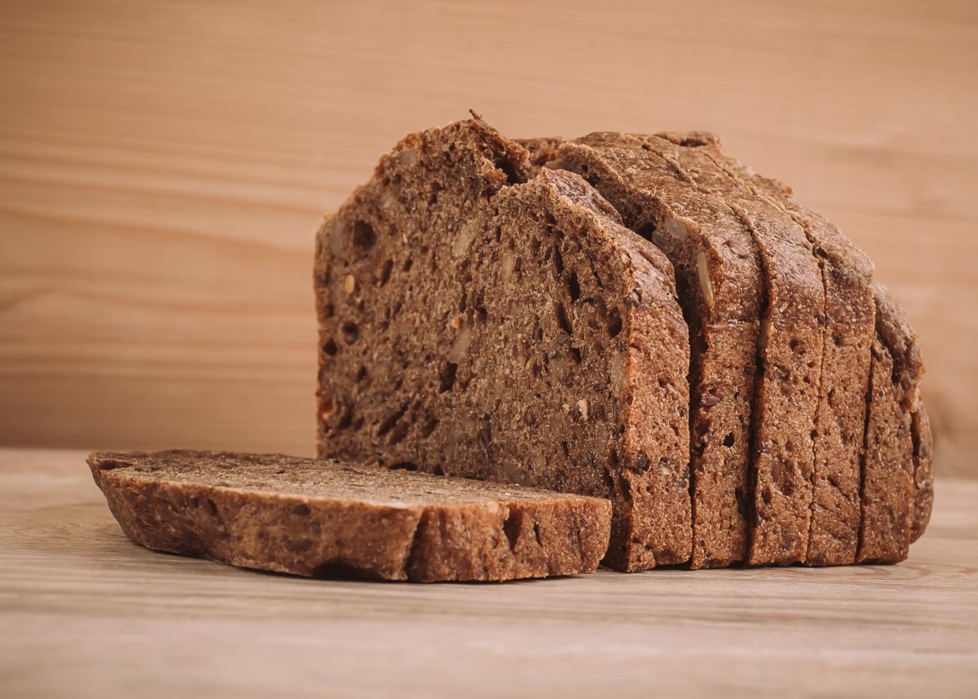 Pão de alfarroba na Bimby