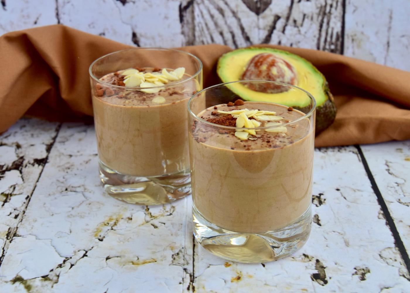 smoothie de abacate com cacau