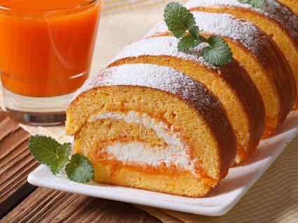torta de laranja em fatias