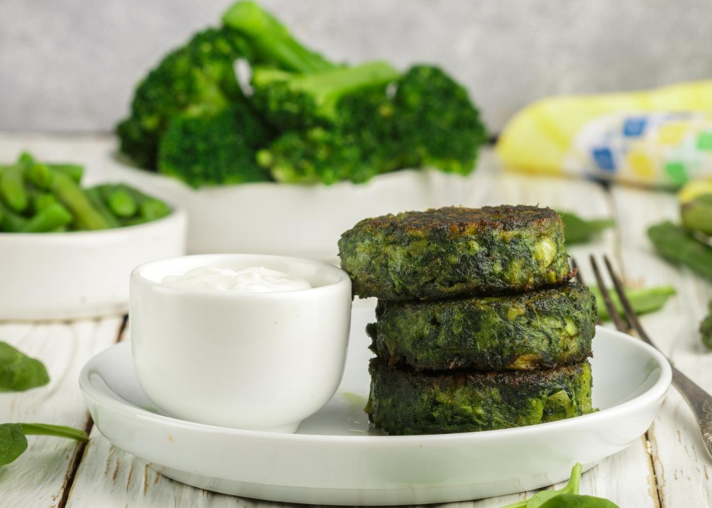 Receitas de snacks à base de hortícolas: bolinhos de brócolos
