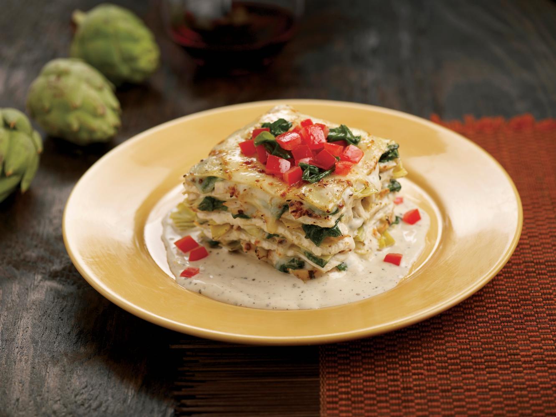 lasanha vegetariana com molho de queijo