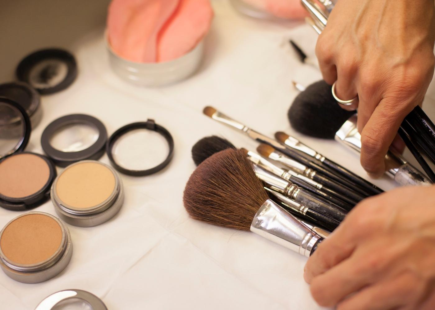 Cursos para fazer em casa: maquilhagem