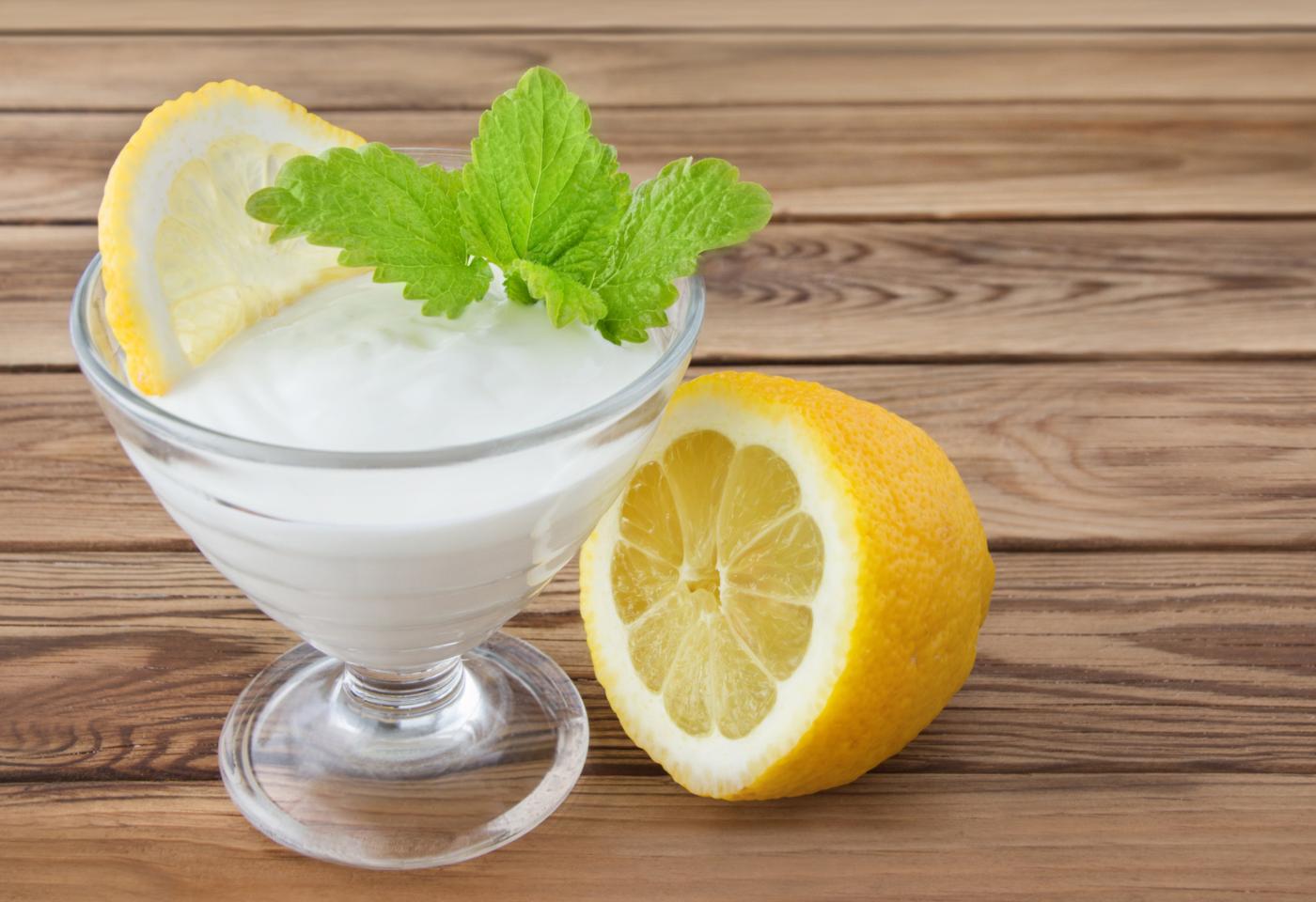Sobremesas para intolerantes à lactose: mousse de limão