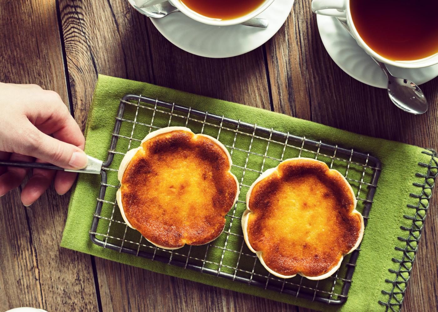 Sobremesas para intolerantes à lactose: queijadas de laranja