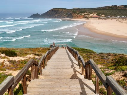 Regras de acesso à praia: fotografia de praia algarvia