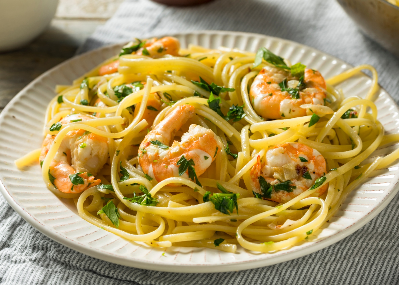 Esparguete com gambas ao alho