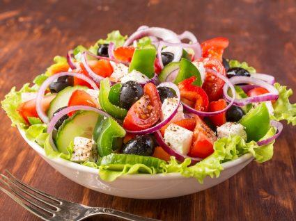 Receitas que não precisam de forno: salada grega