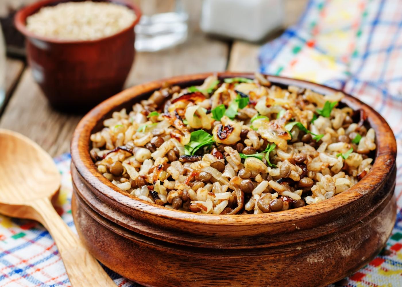 Salada de arroz com lentilhas