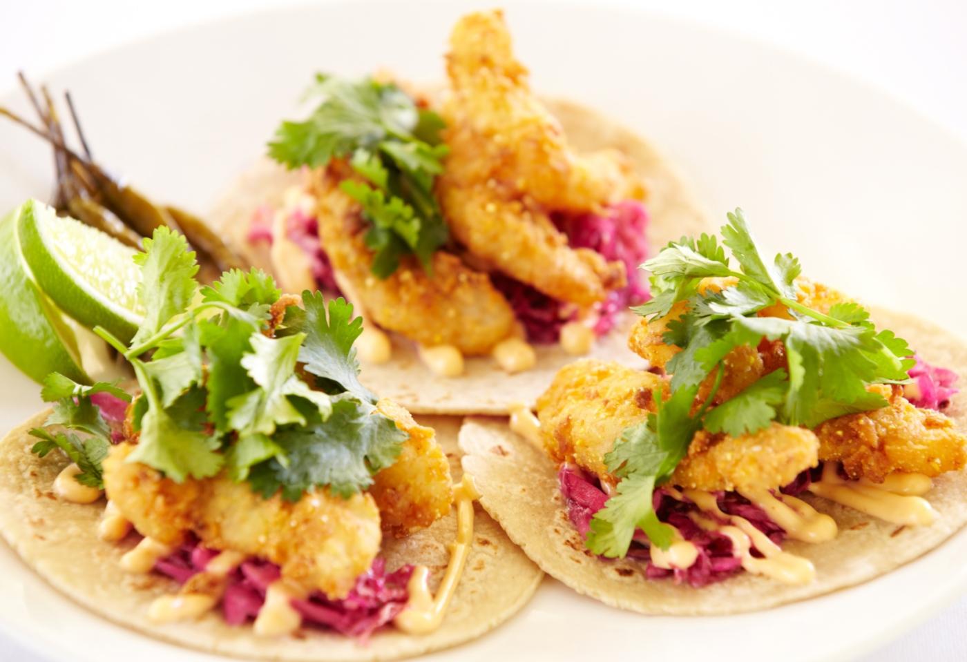 Tacos de peixe crocante