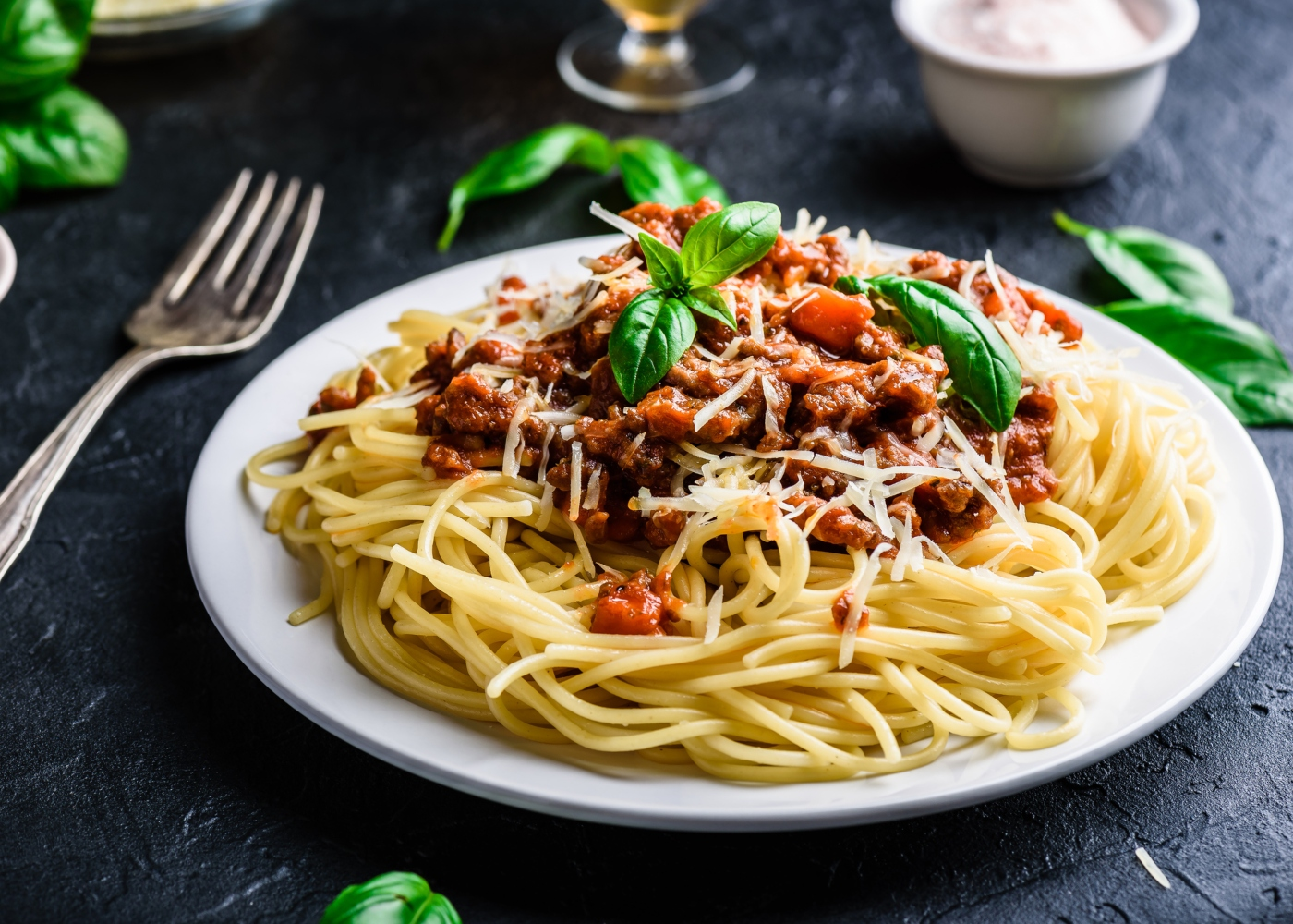 prato com esparguete com carne picada