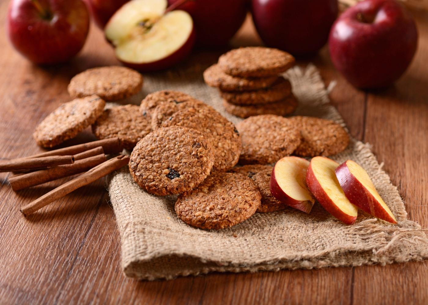 bolachas, maçãs e canela