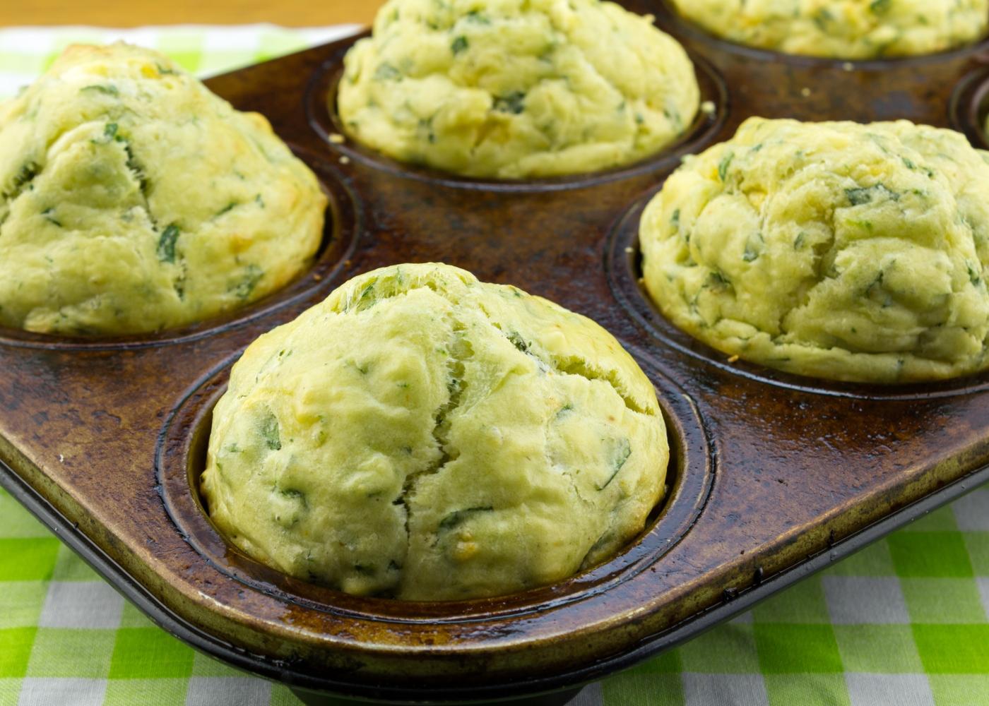 bolinhos de brócolos em forma