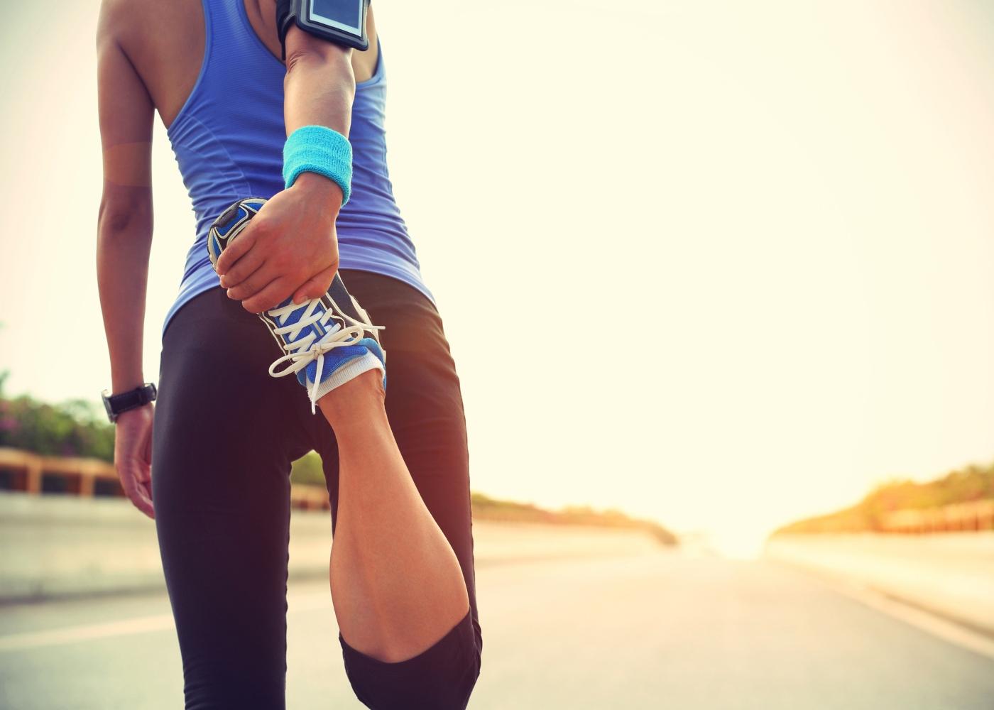 jovem a preparar para correr a meia maratona