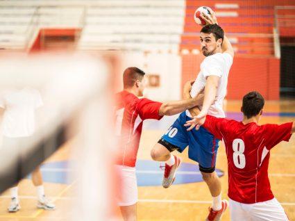 Normas da DGS para desportos coletivos: jogo de andebol