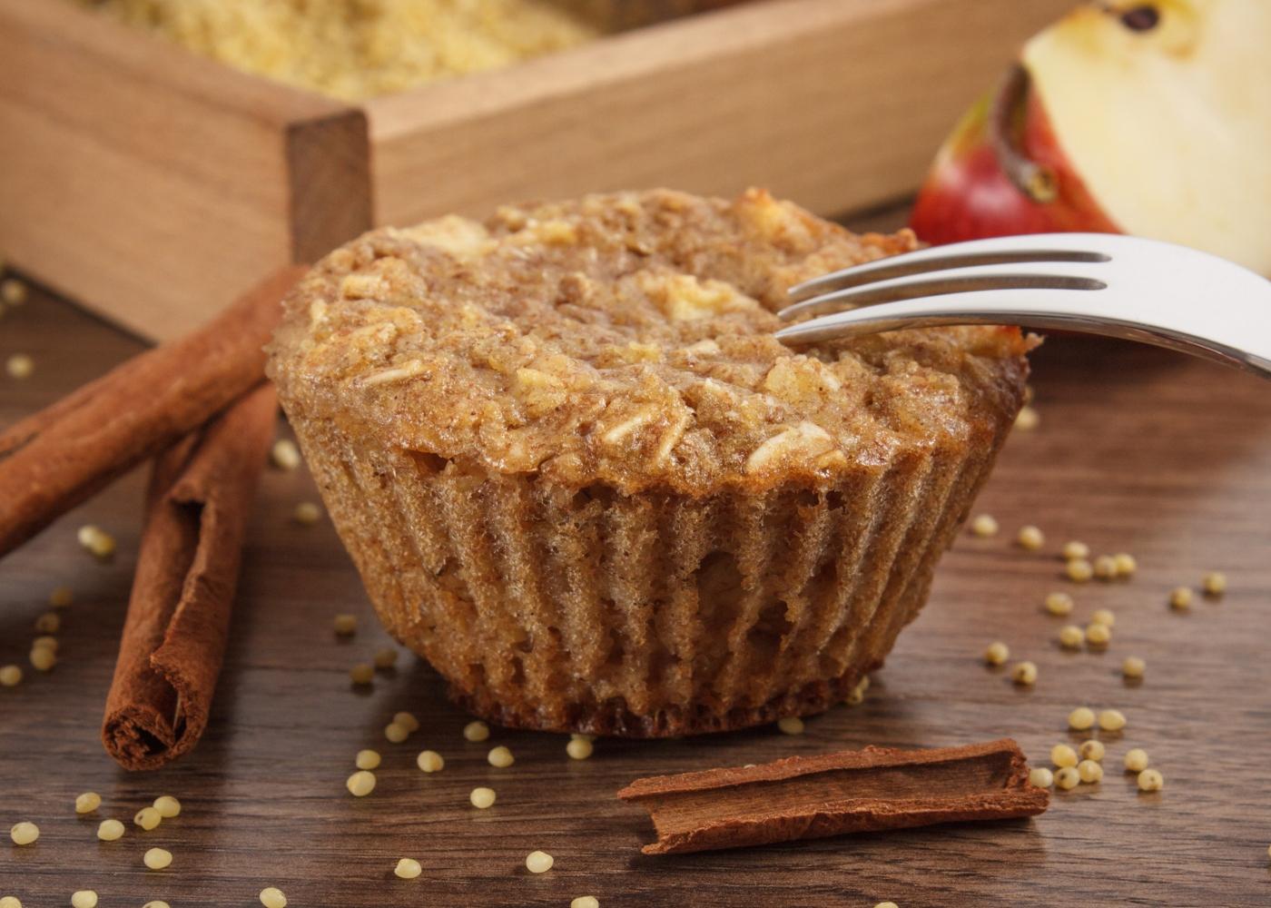 Muffins de canela e maçã