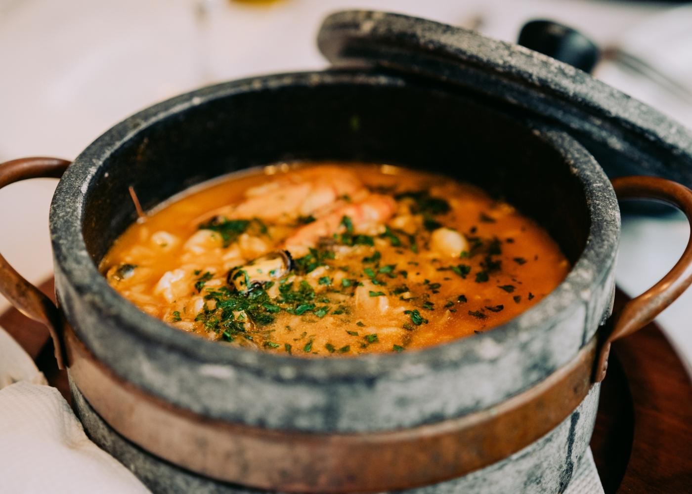 Arroz de bacalhau com vinho branco