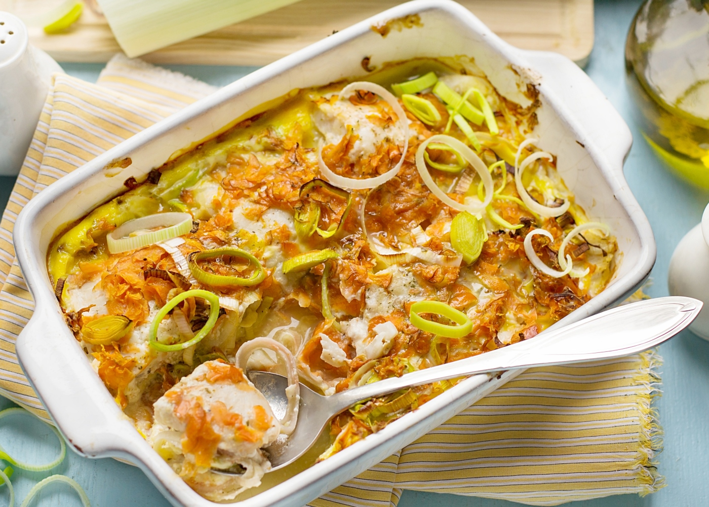 Bacalhau gratinado com alho francês