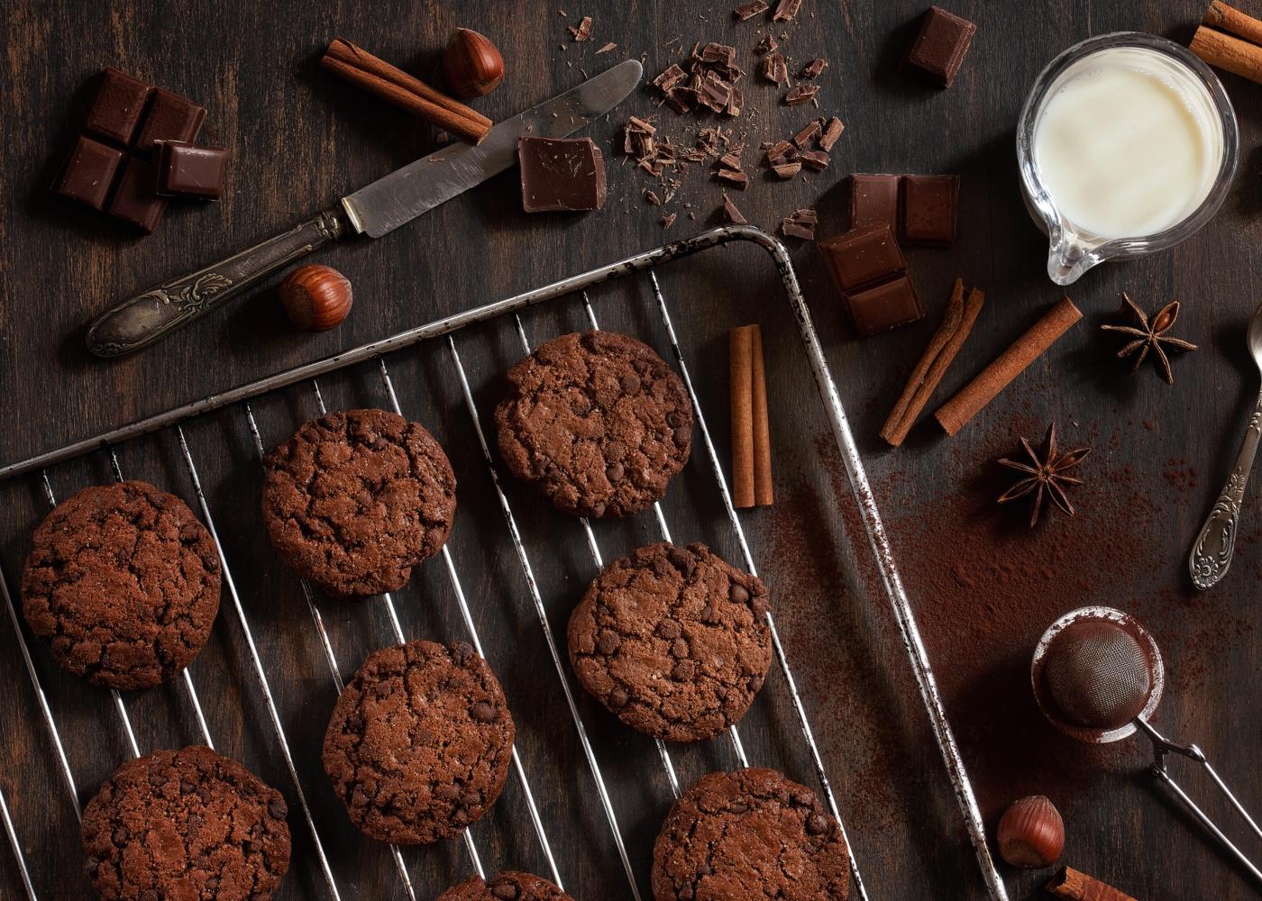 Bolachas de chocolate e canela