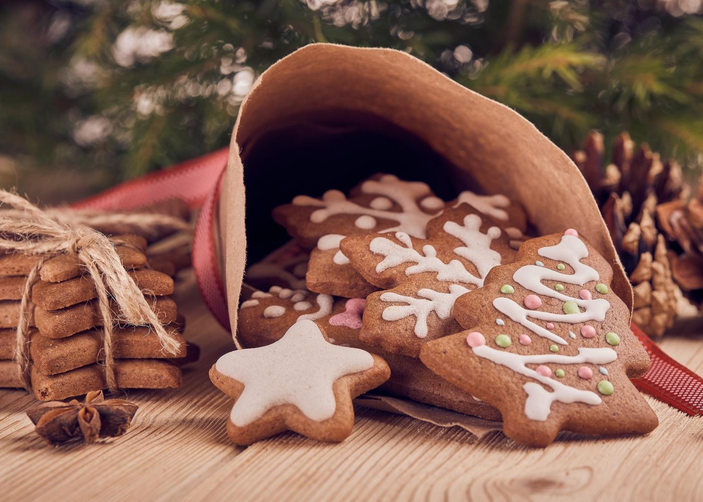Bolachas de Natal sem glúten com glacé