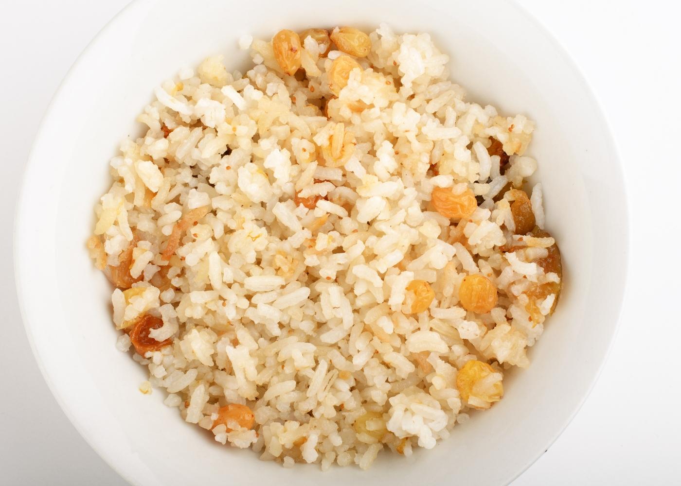receita de arroz de passas e pinhões