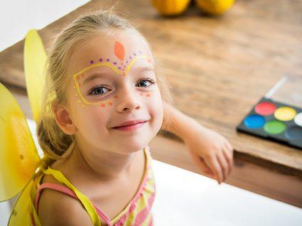 Atividades para fazer com as crianças em casa no Carnaval