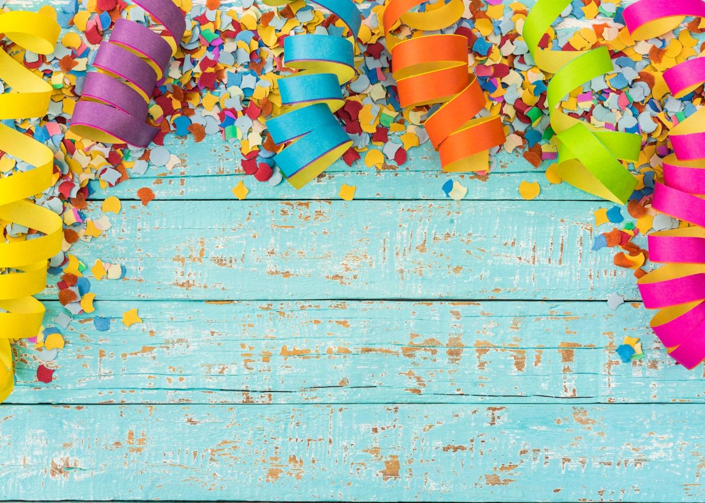 Serpentinas e confetis de Carnaval