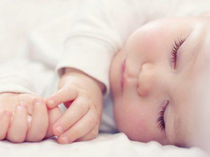 mitos acerca do sono do bebé
